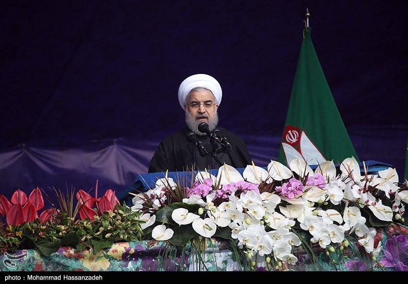 اسلامی انقلاب کی 38 ویں سالگرہ / ایران بھر میں جلوسوں کا آغاز + تصاویر