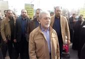 فرمانده کل ارتش در راهپیمایی 22 بهمن حضور پیدا کرد