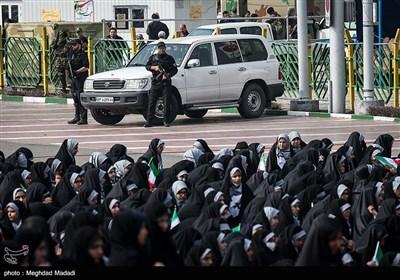 راهپیمایی 22 بهمن در تهران - 7