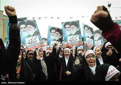انقلاب اسلامی ایران کی پرشکوہ سالگرہ کی منتخب تصاویر