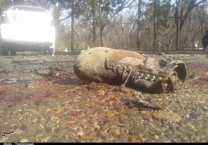 افغانستان کے صوبے ہلمند میں فوجی گاڑی کے قریب خود کش دھماکے میں 13 افراد جاں بحق