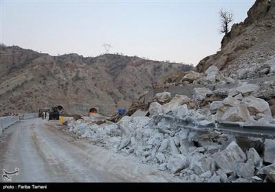 139511232248165319984243 رانش زمین و ریزش کوه در لرستان + تصاویر و جزئیات حادثه