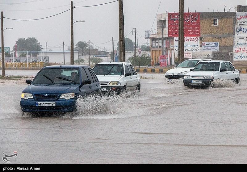 خسارات ناشی از بارش باران و آبگرفتی در لامرد