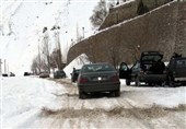 تردد در مسیر برفی