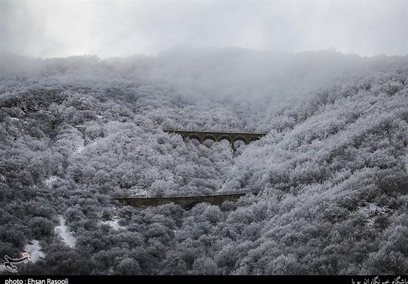 بارش برف در ارتفاعات استان گیلان به 2 متر رسید