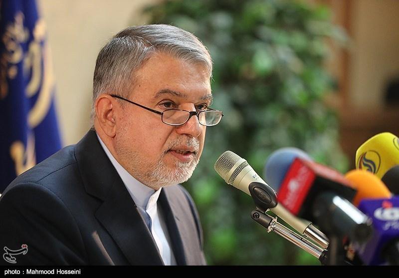 وزیر ارشاد در آق توقای : مختومقلی شاعر هویت ساز است.
