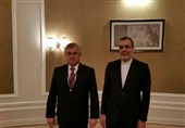 Iranian, Russian Diplomats Discuss Syria in Astana