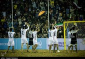 نقاشیهای رئال روی شنهای داغ با ساقهای ایرانی/ قدر فوتبال ساحلی را بدانیم