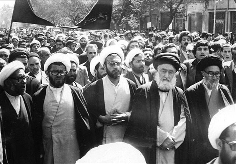 شرح ماجراى قیام خونین مردم تبریز در چهلم شهداى قم