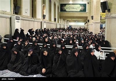 الإمام الخامنئی یستقبل حشدا من أبناء محافظة آذربایجان الشرقیة