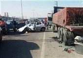 تصادف پژو 206 با تریلی