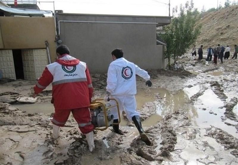 نجات 23 نفر در مسیر سیلاب در 11 استان سیل زده