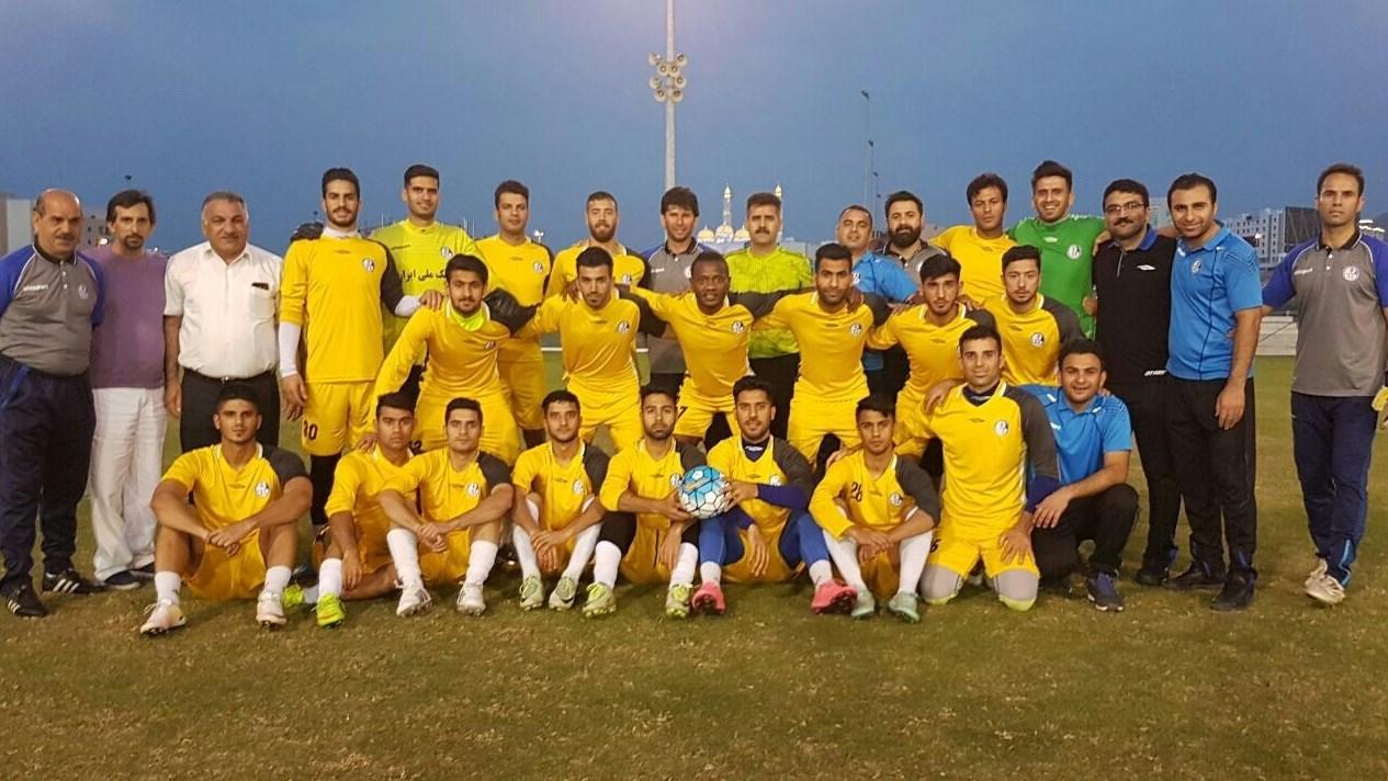 بازدید پورموسوی و شاگردانش از ورزشگاه سلطان قابوس/ مرور تاکتیک 48 ساعت مانده به بازی + تصاویر