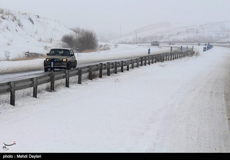 بارش برف در اهر
