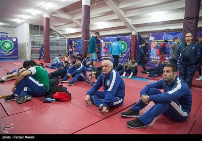 در حاشیه مسابقات کشتی قهرمانی جهان در کرمانشاه