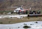 عشایر گرفتارشده در برف و کولاک شهرستان نیر با بالگرد هوایی امدادرسانی شدند