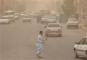 وزش باد و گرد و خاک نواحی مرکزی و نوار غربی سیستان و بلوچستان را فرا میگیرد