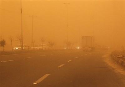 طوفان و ریزگرد امان مردم سیستان را بریده است