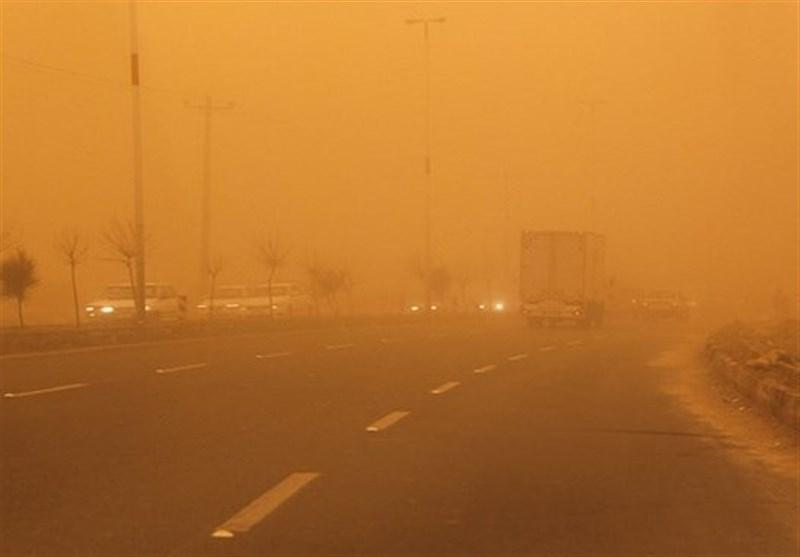طوفان و ریزگرد بیش از 787 سیستانی را روانه بیمارستان کرد