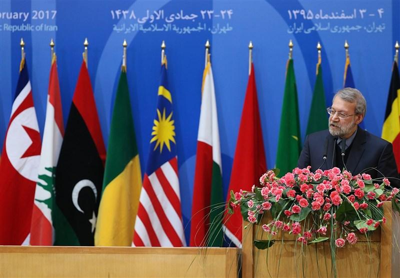 لاریجانی: یجب ان لانسمح بان یتنفس الکیان الصهیونی اصطناعیا