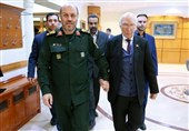 Defense Minister: Iran Ready for Military Cooperation with Pakistan