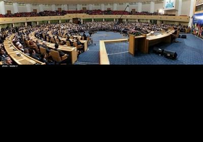 امام خامنہ ای کی چھٹی بین الاقوامی انتفاضہ فلسطین کانفرنس میں شرکت