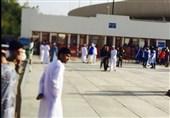 هواداران حریف عربستانی پرسپولیس با پرچمهای آبی در حال ورود به ورزشگاه + تصاویر
