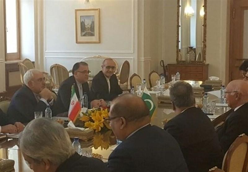 ظریف یلتقی نظیره الباکستانی فی طهران