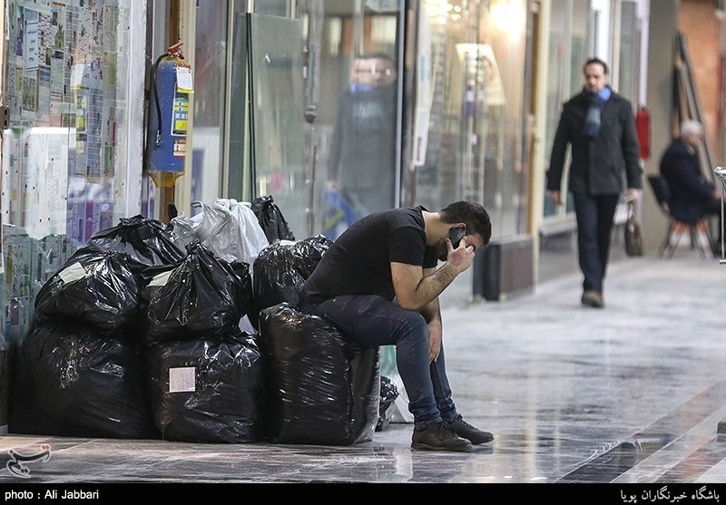 ادامه استقرار کسبه پلاسکو در مجتمع نور تهران