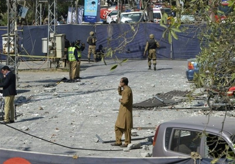 Suicide Bombing Kills Six, Wounds 22 in Pakistan's Lahore