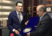 مهدی تاج و رئیس فدراسیون فوتبال رومانی