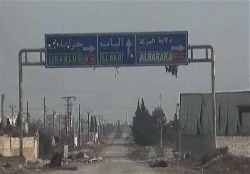 Suriye Ordusu Türkiye'nin El-Bab'daki Yoluna Set Çekiyor