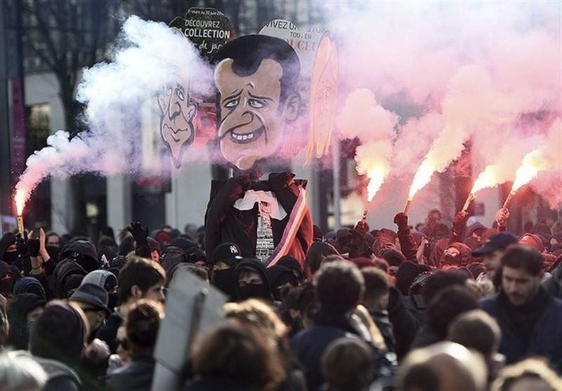 """زد و خورد معترضان با پلیس فرانسه/ مخالفان لوپن در نیس: """"همه از پلیس متنفرند"""" + تصاویر"""