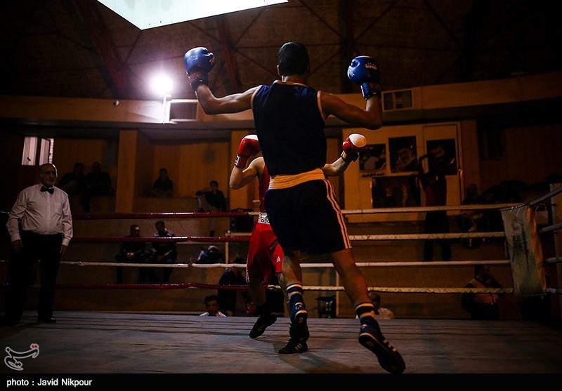 مسابقات انتخابی بوکس دانشجویان کشور در سالن شهید همت ورزشگاه شیرودی