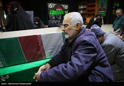 دیدار خانواده شهید تازه تفحص شده حسین سپهر با پیکر وی