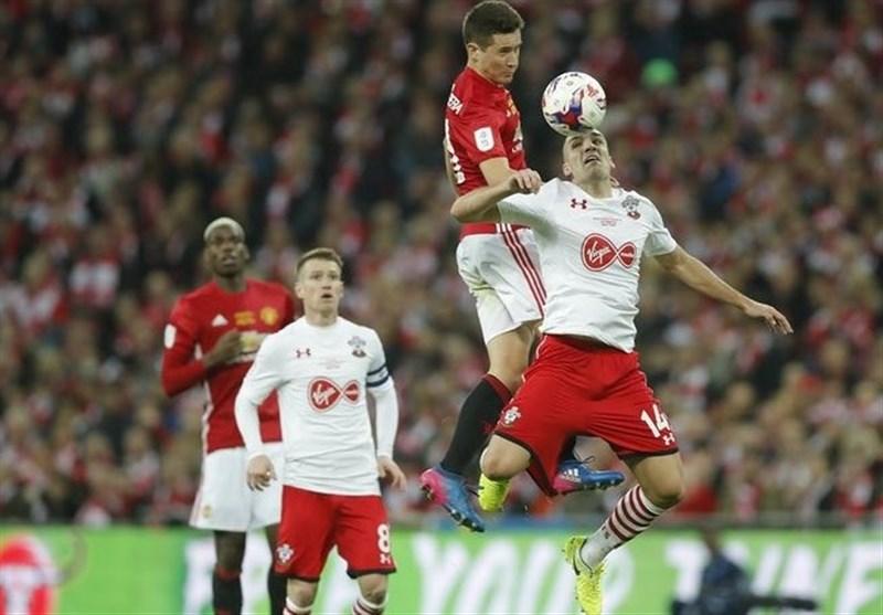 منچستریونایتد با درخشش زلاتان اولین جام فصل را به دست آورد