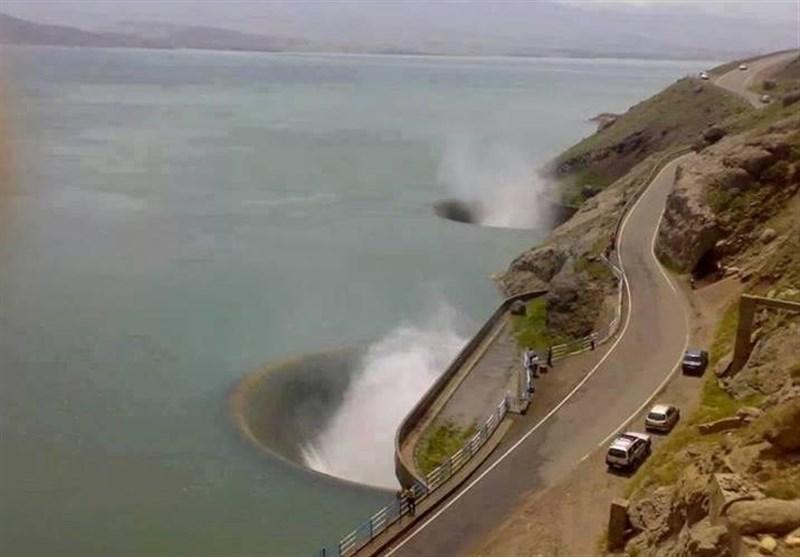 گیلان  نوبتبندی آب سد سفیدرود پس از اتمام سرریز آن انجام میشود