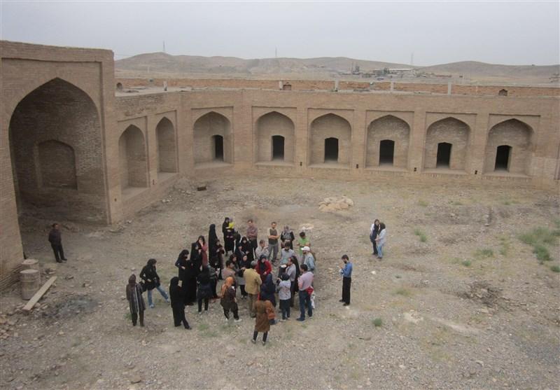 """محوطه تاریخی """"سنگ بست فریمان"""" به مقصد گردشگری تاریخی تبدیل میشود"""