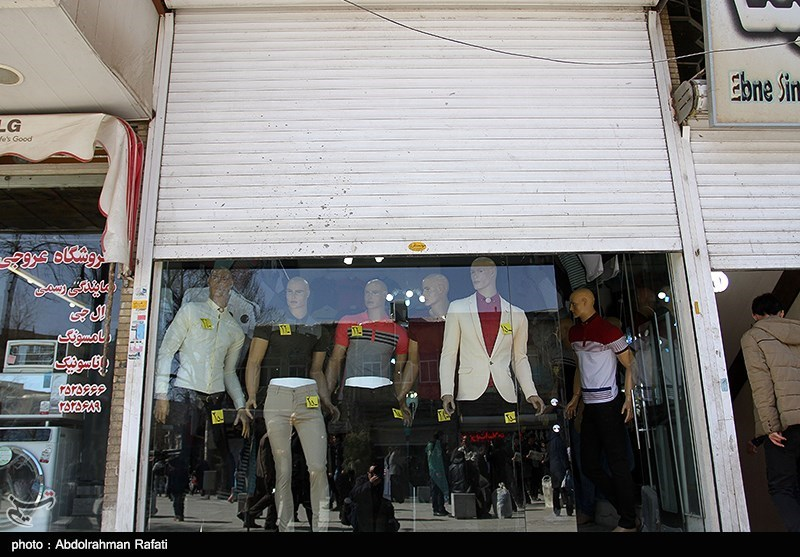 تعطیلی مغازه های خیابان بوعلی همدان در اعتراض به حضور دست فروشان-همدان
