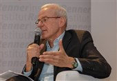 پروفسور اتریشی: اهتزاز پرچم اسرائیل موضع بیطرف وین برای برگزاری مذاکرات برجام را تضعیف کرد