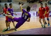 تیم هندبال شهرداری کازرون از سد نیروی زمینی تهران گذشت