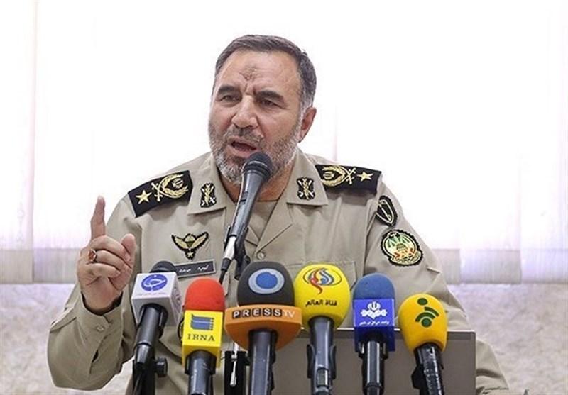 Kara Kuvvetleri Komutanı: Hürmüz'ü Kapatırız