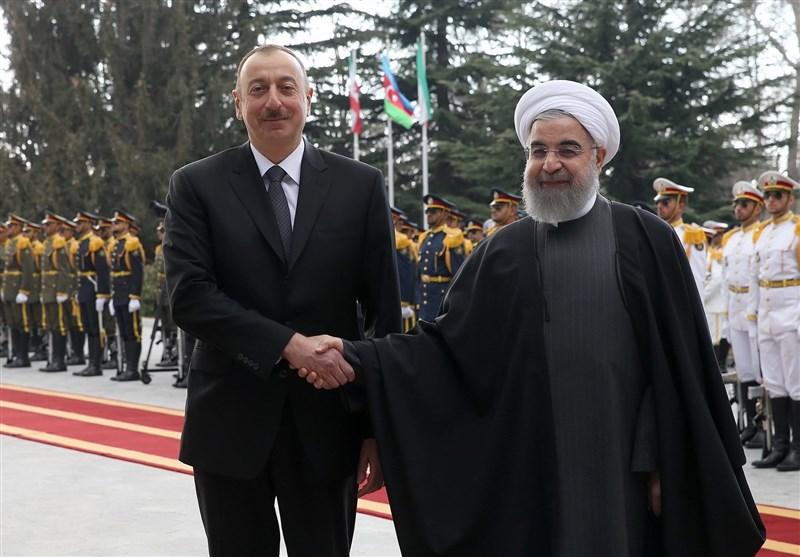 Iran, Azerbaijan Ink 2 MoUs