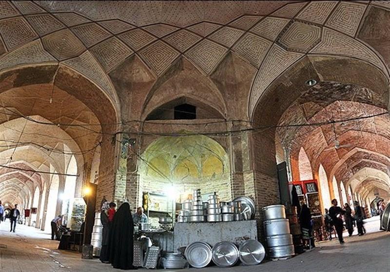 ماشینآلات راهداری برای جلوگیری از ورود سیل به بافت تاریخی کرمان مستقر شدند