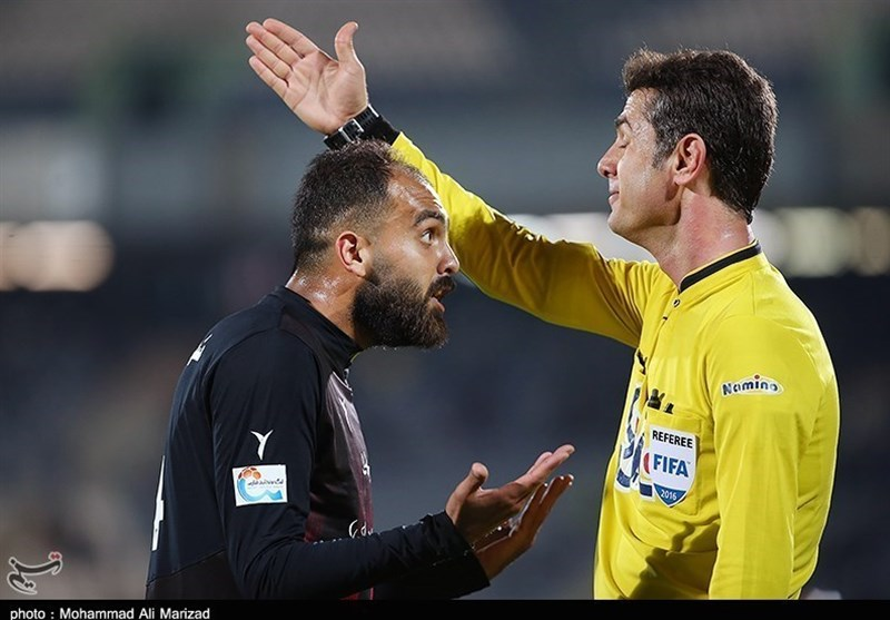 Iranian Referee Zahedifar Banned for Five Weeks
