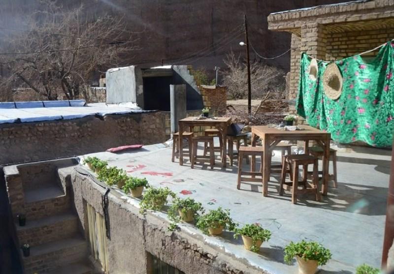 صدور مجوز اقامتگاههای بومگردی در روستاهای هدف گردشگری قم