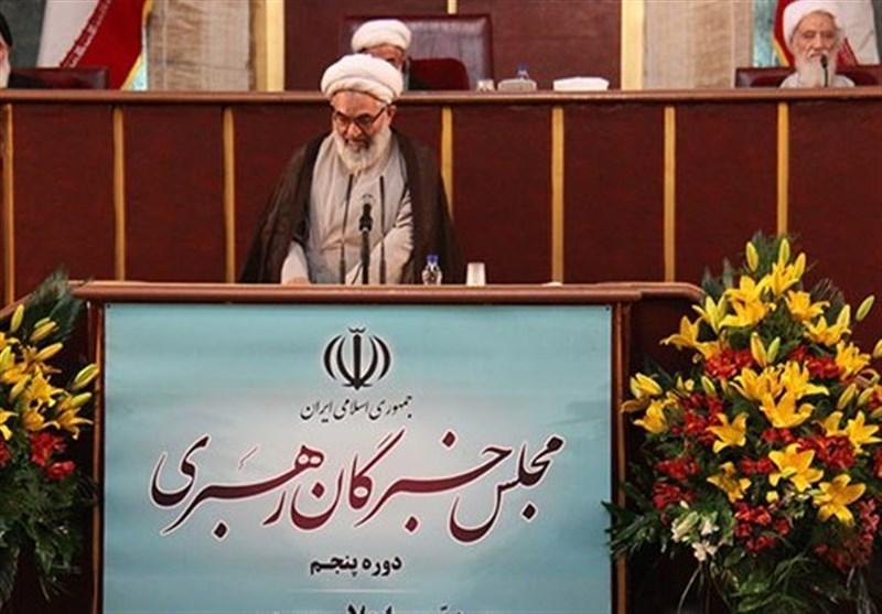 حجتالاسلام معلمی: آقای رئیسجمهور! هنوز هم برای خانه تکانی در دولت دیر نشده است