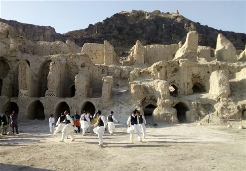 """قلعة """"اوشیدا"""" احد اکثر القلاع غموضا فی ایران"""