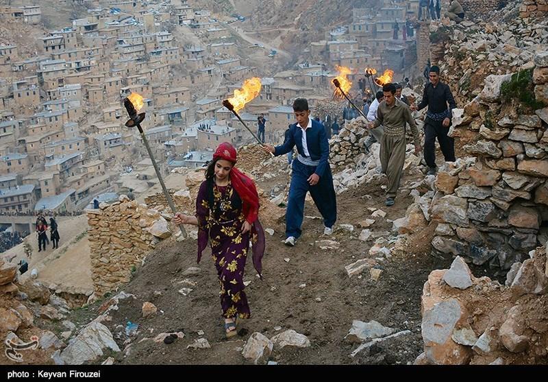 1395122010501260010230264 - روستای پالنگان به استقبال نوروز رفت/از روشن کردن مشعل تا رقص و پایکوبی