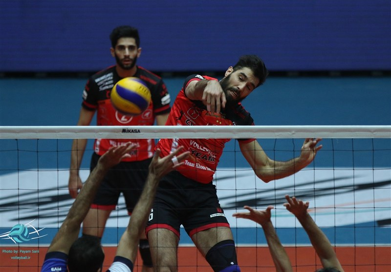 Iran's Sarmayeh Bank Marches into Asian Club Volleyball Championship Semis